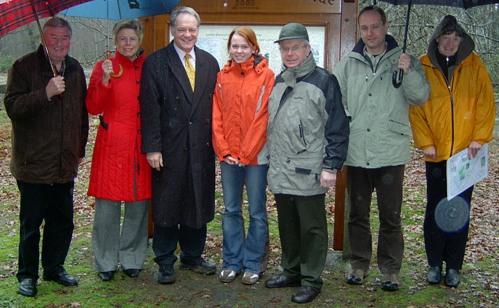 Miriam Manthei (Mitte) konnte Werner Jostmeier auch bei seiner Arbeit im Wahlkreis begleiten. Hier bei einem Besuch der Naturförderstation in Coesfeld.