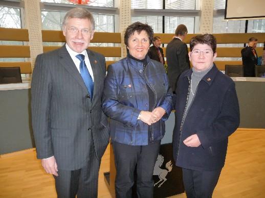 Zufrieden nach der Landschaftsversammlung: Landrat Konrad Püning, CDU Fraktionsvorsitzende Eva Irrgang und CDU Kreistagsabgeordnete Anni Willms