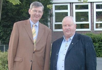 Setzen sich für den Schutz der Sonntage und Feiertage ein: CDU-MdB Karl Schiewerling (links) sowie der Vorsitzende des Kreiskomitees der Katholiken Klaus Wiethaup (Foto: Hagemann)