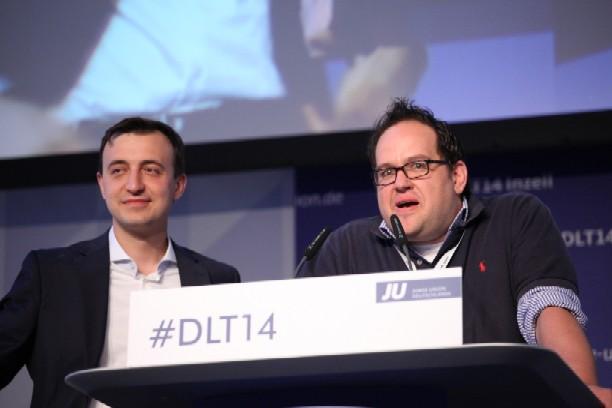 Der neue JU-Vorsitzende Paul Ziemiak (links) und Henrik Bröckelmann aus Nottuln (rechts)
