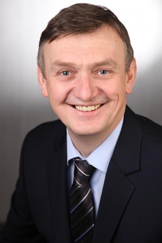 MdL Wilhelm Korth ermutigte seine Coesfelder Parteifreunde zum engagierten Wahlkampf und erläuterte die ersten Maßnahmen der neuen Landesregierung.